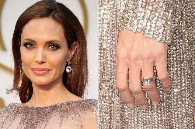 Anillo de compromiso de Angelina Jolie