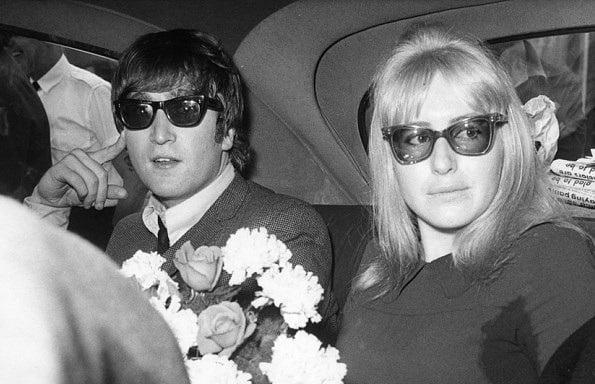 Lennon y Cynthia Lennon