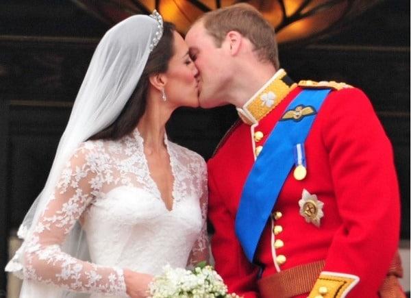 boda de Kate y William kiss