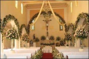 arreglos de flores para iglesia