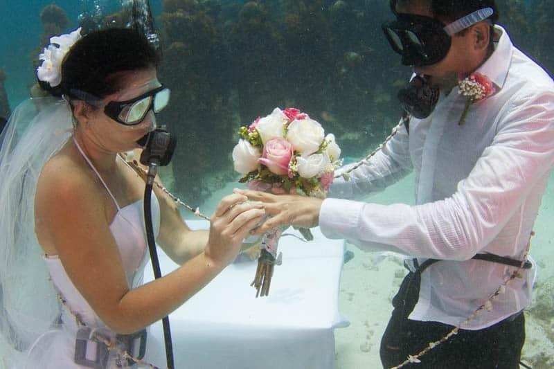 Boda bajo el agua en Cancún