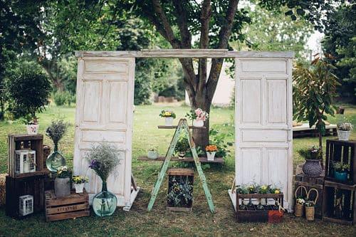 Altar de boda en bosque