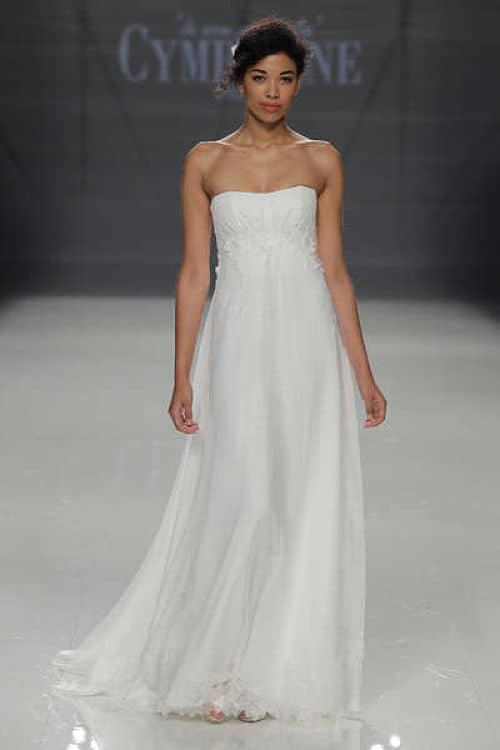 Vestido de corte imperio para novia alta