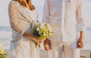 Novios en boda ibicenca
