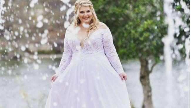Vestido malva para novia curvy