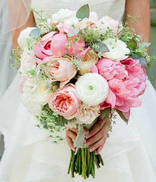 Ramo novia con peonías en rosa y blanco