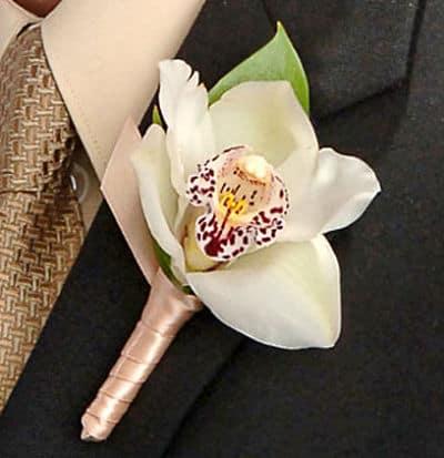 Orquídea en la solapa