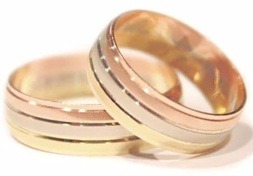Alianzas de boda para dos tricolor