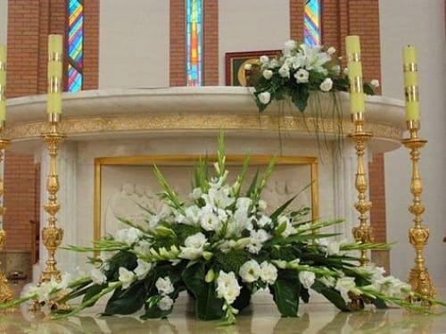 Flores para el altar para boda
