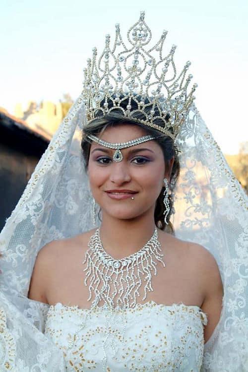 Corona de novia gitana