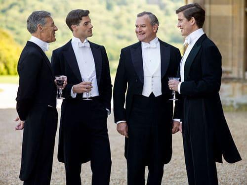 Los hombres en una boda