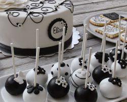 Mesa de chuches blanco y negro