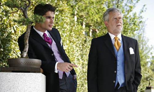 Novio y padrino en una boda