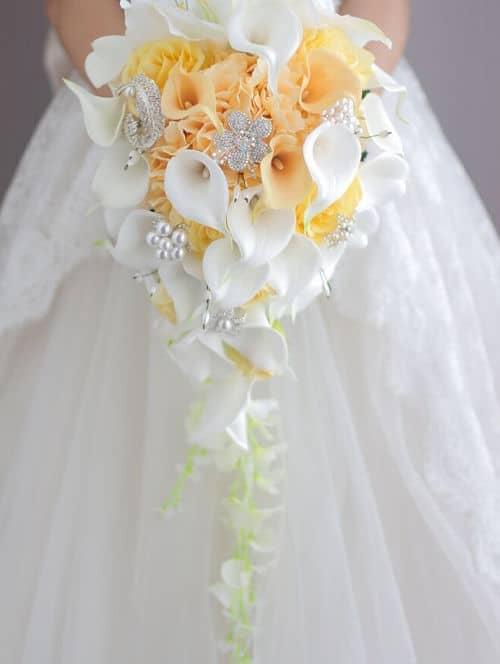 Ramo de novia para vestido verde