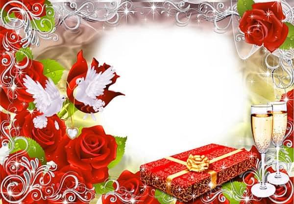Rosas rojas palomas blancas