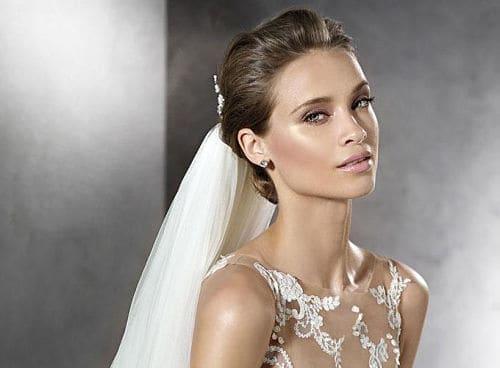 Una novia maquillada