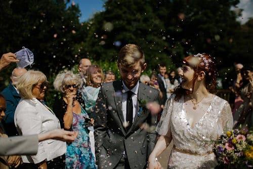 Cuánto dinero se da en una boda de media