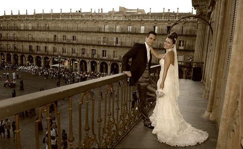 La foto de unos novios recién casados