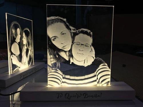 Lámpara personalizada con foto para novios