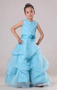 Vestido de dama de honor azul celeste
