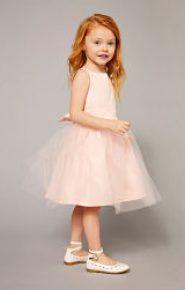 Vestido rosa de satén y muselina