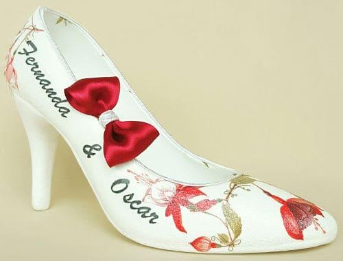 cuanto cuesta una zapatilla de boda para pedir dinero
