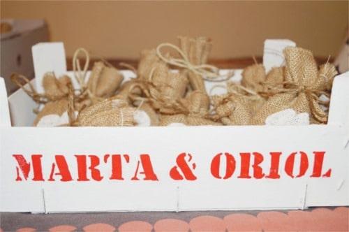 Caja con arroz para bodas