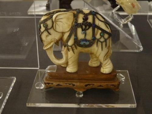 Elefante de marfil para regalar en bodas de marfil