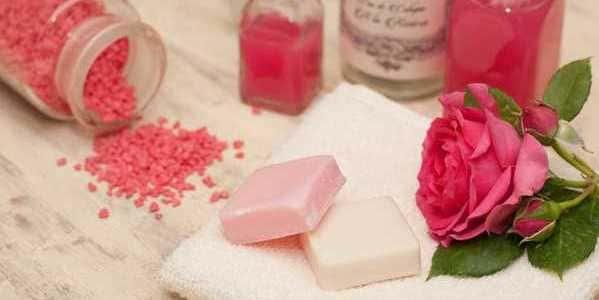 set de baño rosas