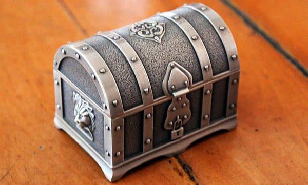 caja de estaño